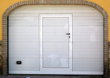 Puerta-seccionalportillo