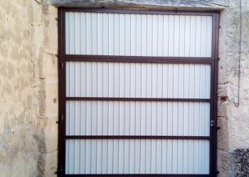Puerta_garaje_blanca